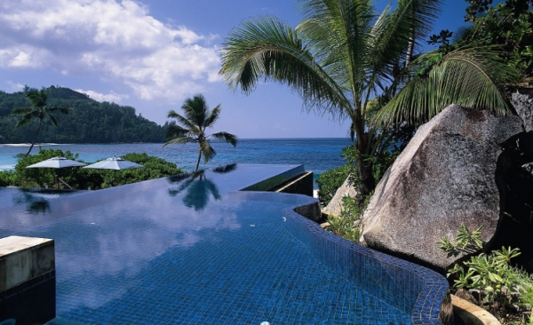 Spend holidays in  Seychelles