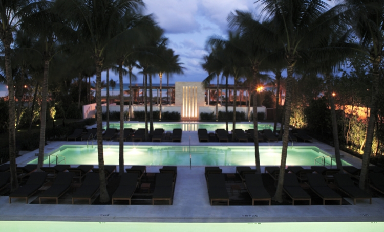 Luxury Hotel The Setai Miami Beach