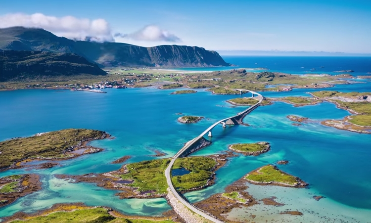 Channel 1: Time for a trip to Norway