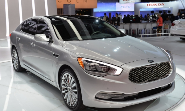 'A Day at the Races' theme for Kia at 2014 SEMA Show