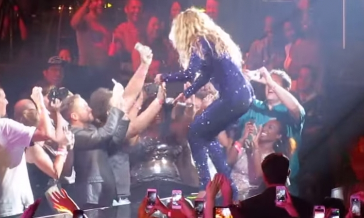 Channel 2: Beyonce Fan in Nashville Gets the Holy Ghost!
